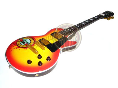 Gibson sun fire with GNR Sign