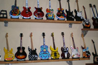 miniature guitar supplier in Bali